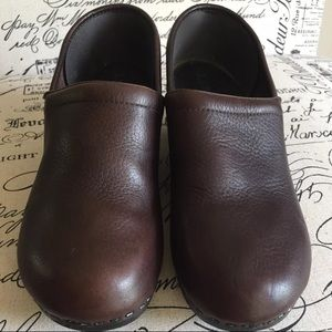 LL Bean Clogs Mules Pebbled Leather